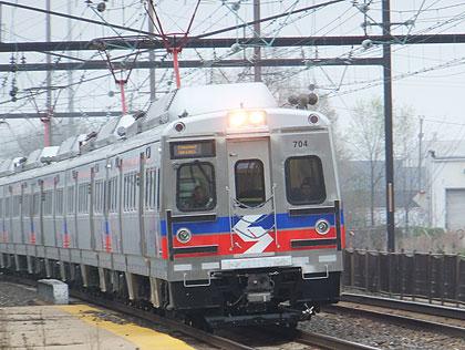 septa-regional-rail-train-front-wide-ost-dl